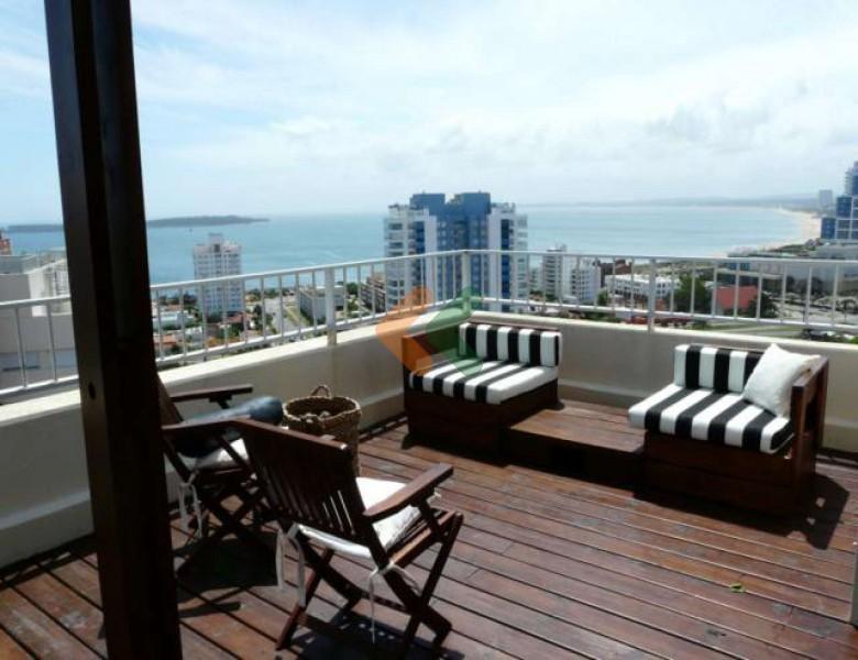 Espectacular Penthouse Con Espaciosa Terraza Con Living De